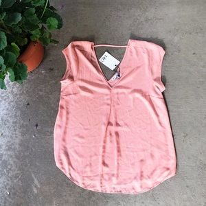 NWT DR2 Blush Pink Short-Sleeve Blouse